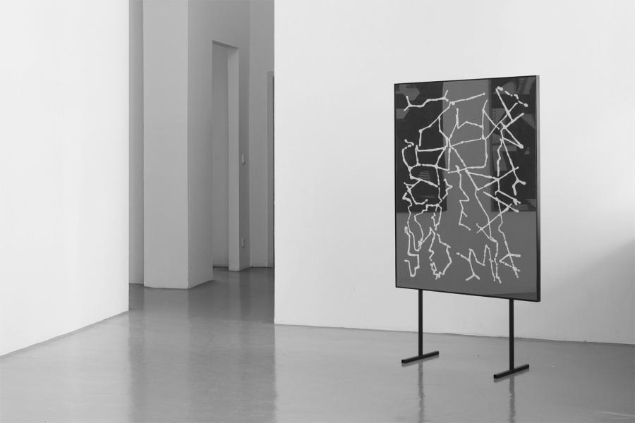 LELLO//ARNELL: <em>Fractal Antenna</em> | 2014 | Glass, window-putty, MDF, steel frame | 160cm x 80cm x 40cm